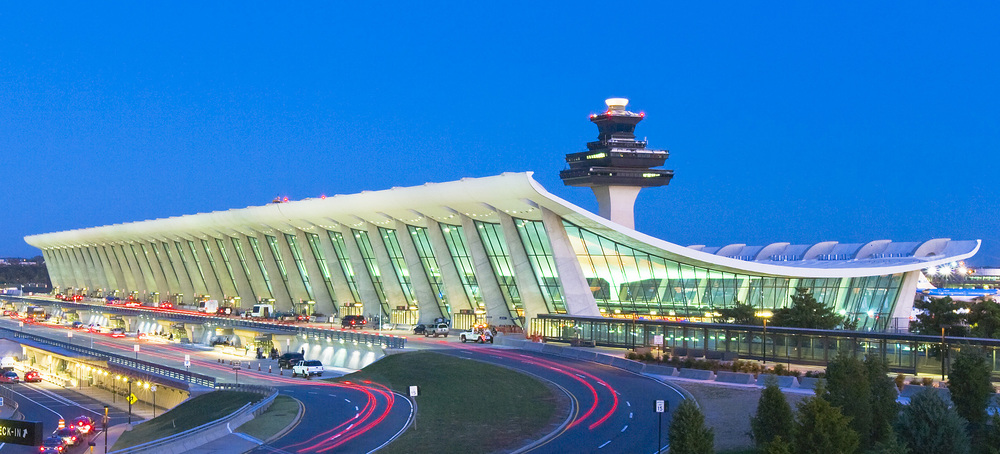 Dulles International Airport (IAD)