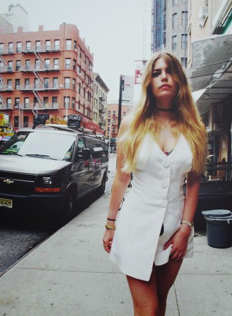hipster_girl_By_shervin_nassi.jpg