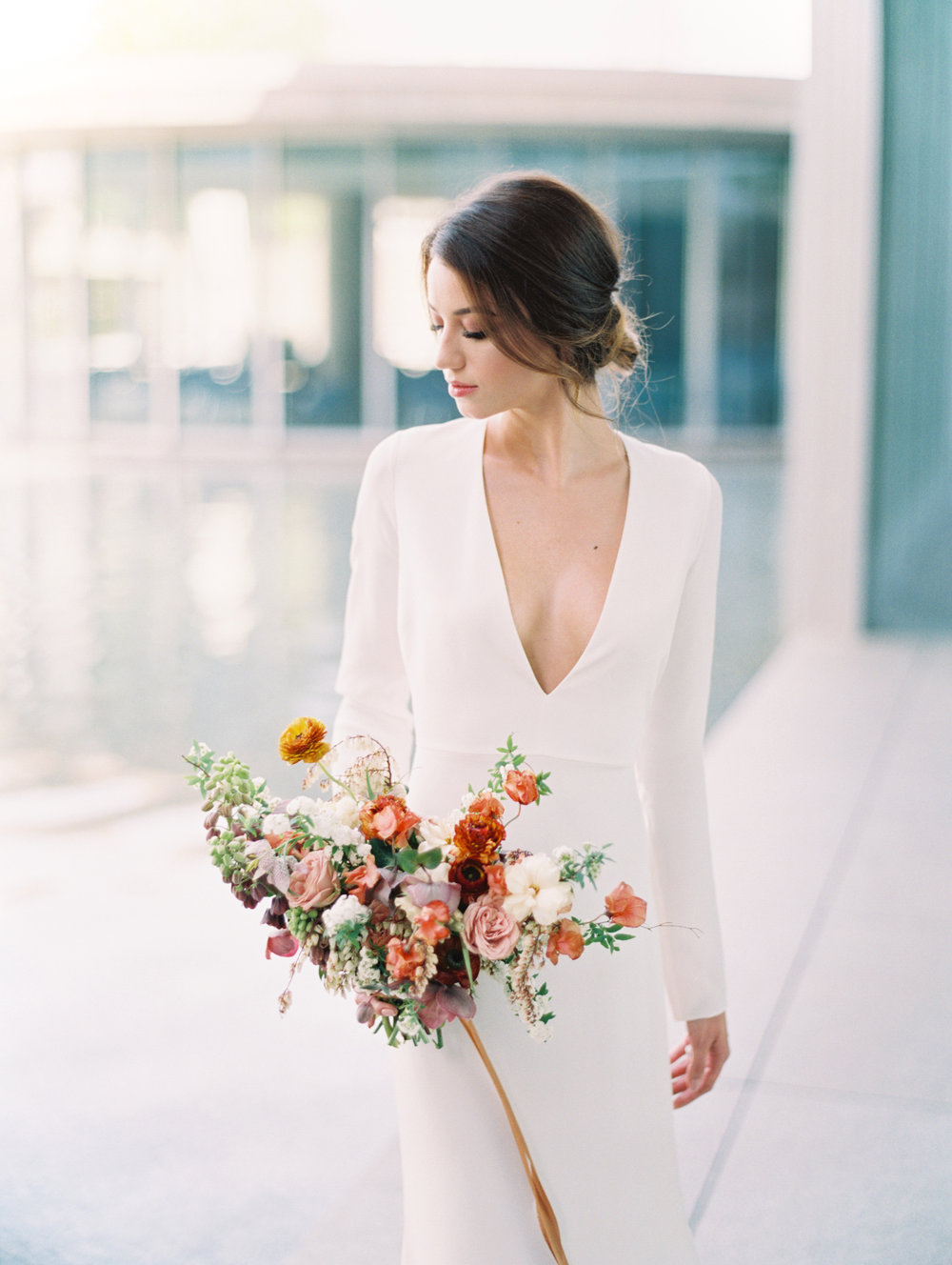 Lyons-Events-Modern-Minimalist-Wedding-Bouquet