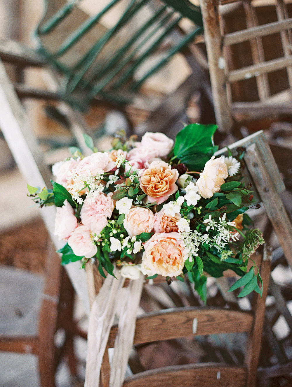 Lyons-Events-Chaos-Wedding-Bouquet