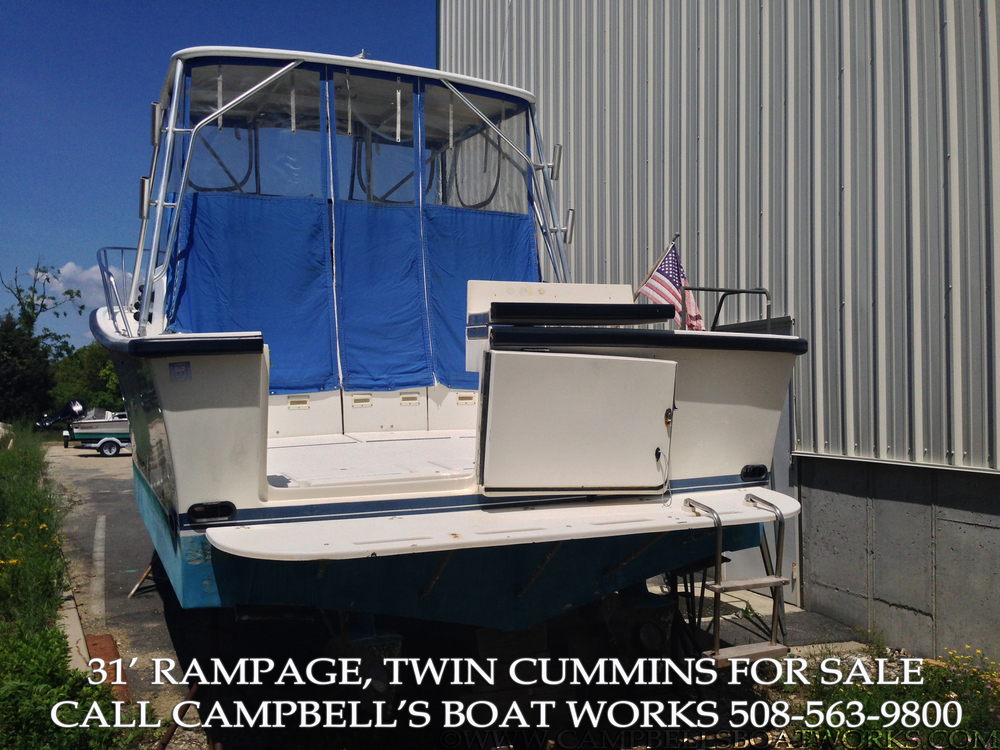 1990 31' Rampage Boat For Sale