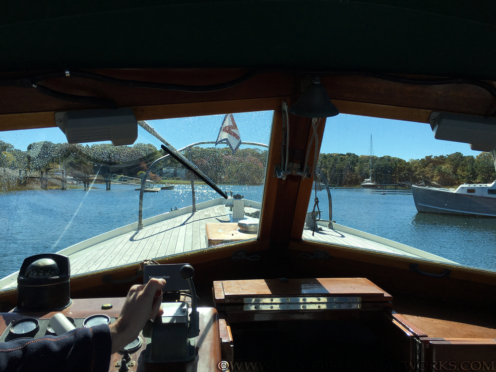 26-mackenzie-cuttyhunk-classic-wood-lapstrake-boat-for-sale.png