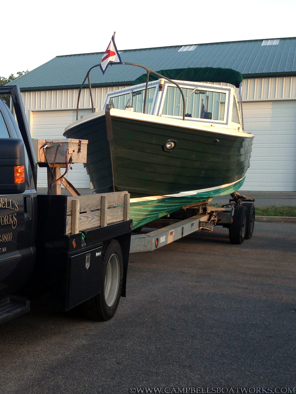 classic-wooden-diesel-inboard-boat-26-mackenzie-cuttyhunk-for-sale.png