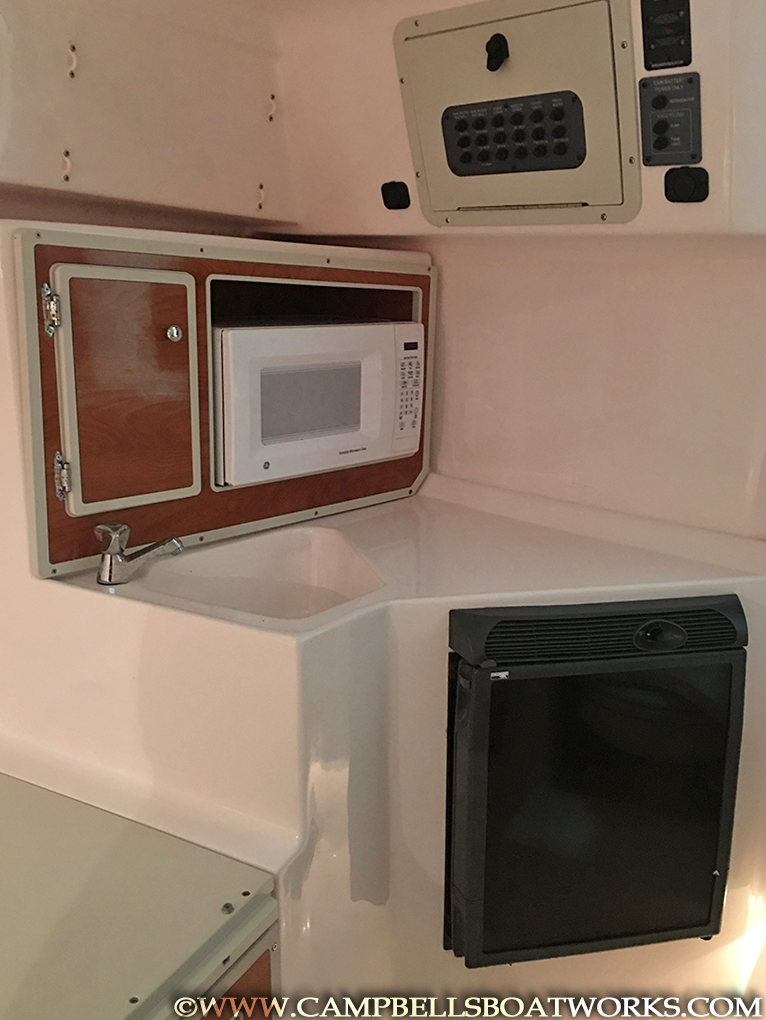 23-polar-2300-wa-galley-kitchen-boat-for-sale.png