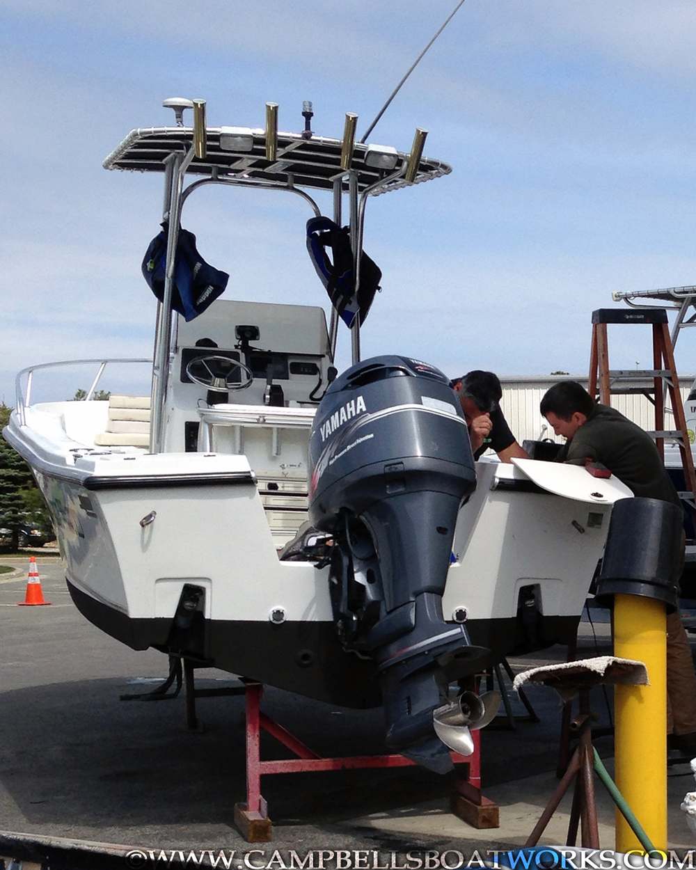 mako-22-center-console-boat-for-sale-yamaha-outboard.png