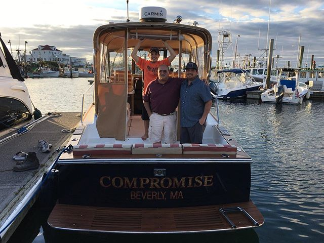 Sold and off to Beverly with her new owners, a great way to start off Fathers Day weekend! #newboat #boatdelivery #capecodboating #boatride #fishingtrip #boating #capecodimages