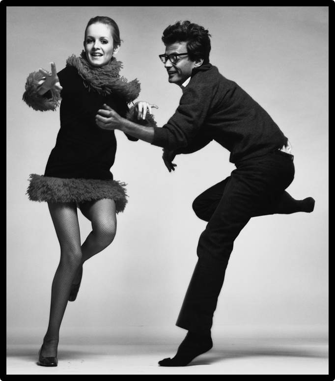 Richard Avedon and Twiggy, photographer and model, Paris, April, 1967 Photograph by Richard Avedon © The Richard Avedon Foundation