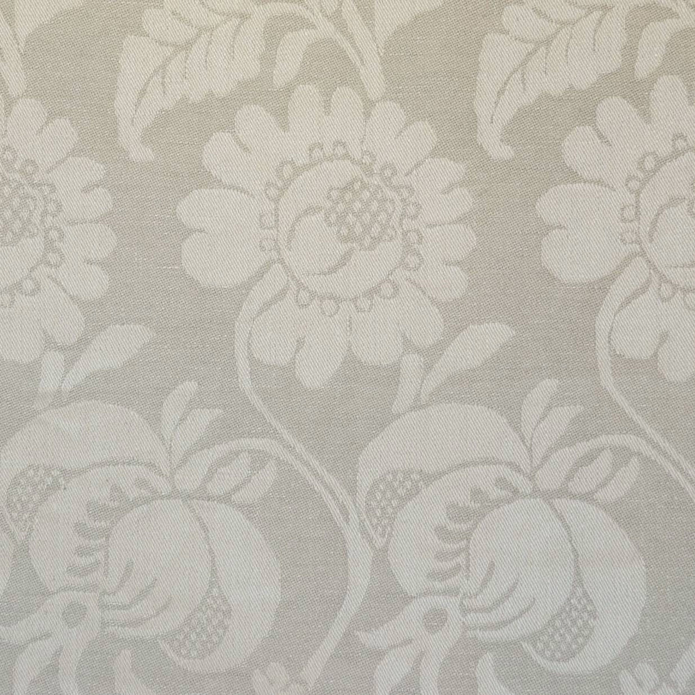 <p><strong>ONSLOW</strong>beige 2200-03<a href=/collection-5/onslow-beige-2200-03>More →</a></p>
