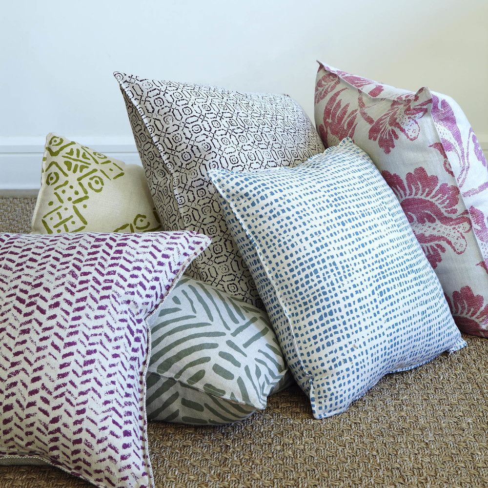 BLITHFIELD_CUSTOM_PRINT_COLLECTION_Bespoke cushions_1_Floor.jpg
