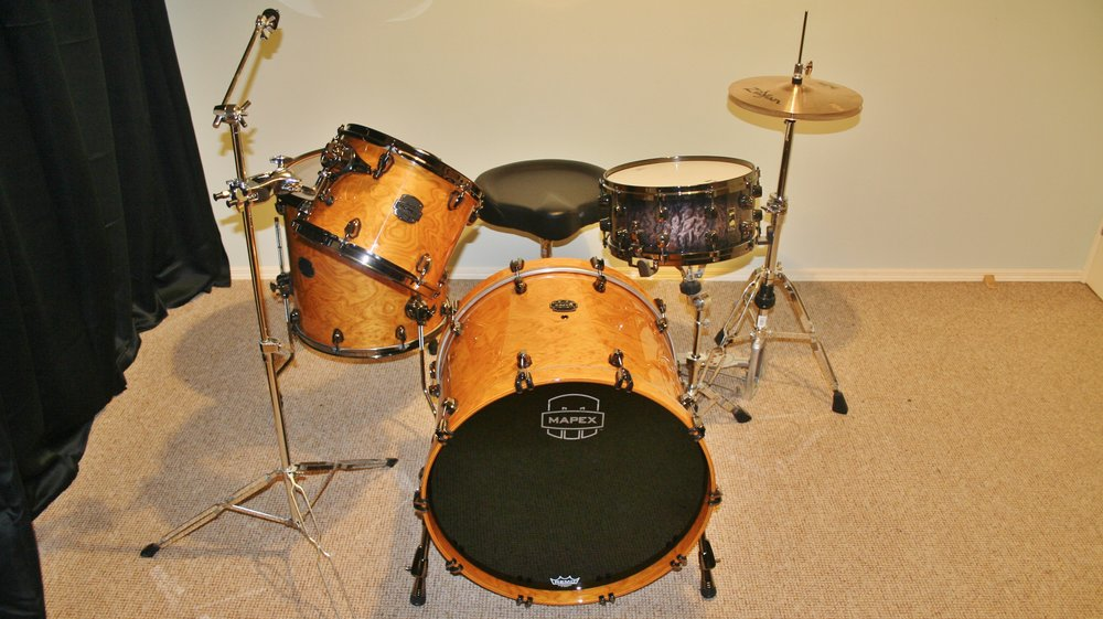 Mapex Saturn V Exotic (Shell Pack) w/ Mapex Black Panther 6.5'' snare.