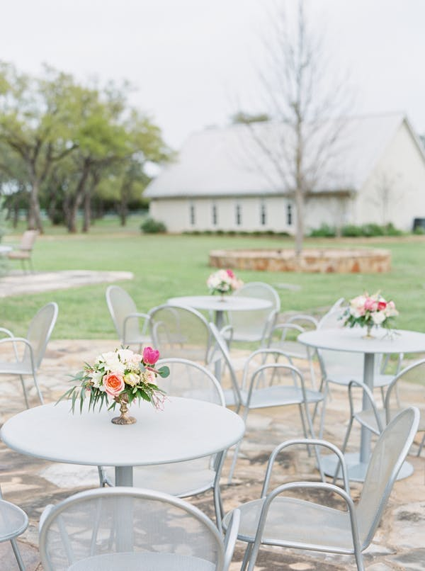 Heritage-haus-wedding-venue-austin-texas-cocktail