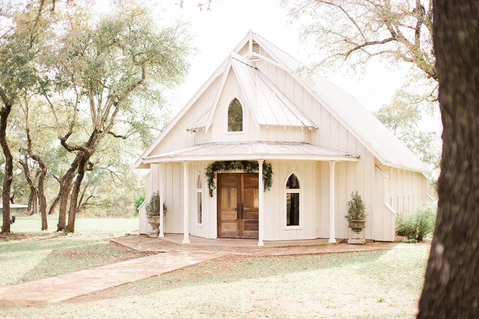 Heritage-haus-wedding-venue-austin-texas-chapel