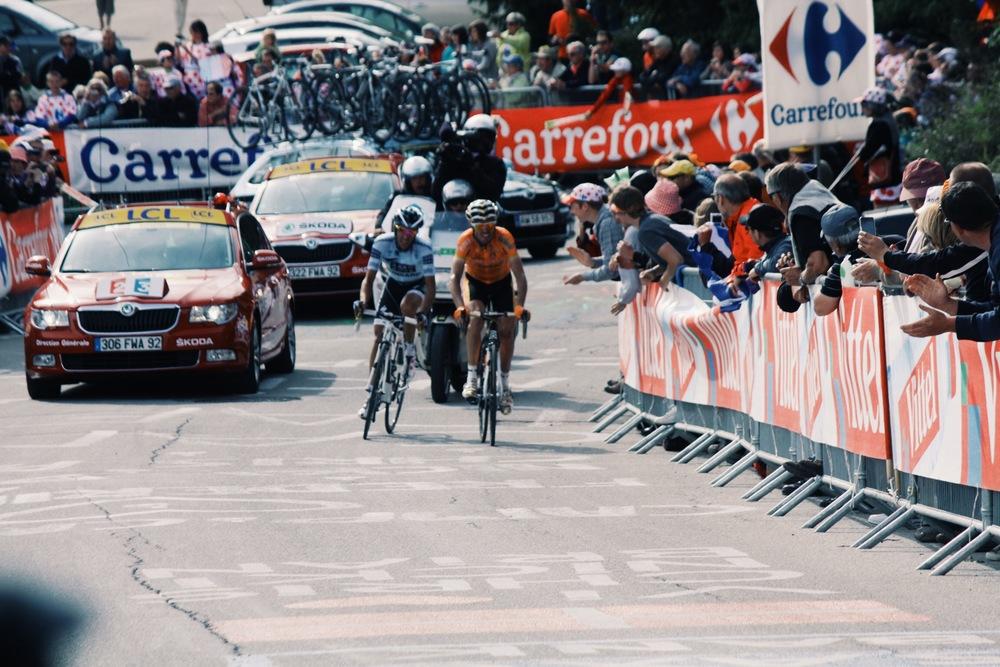 Samuel Sanchez and Alberto Contador chasing Pierre Roland last kilometer Alpe D'Huez