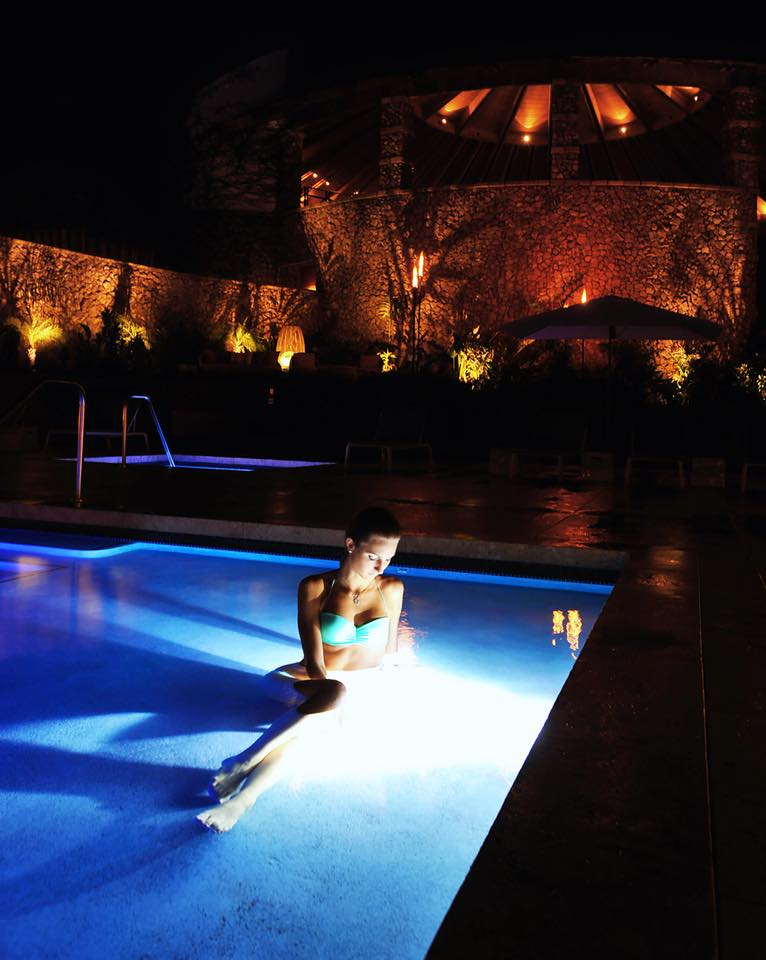 Hotel Wailea Pool 1.jpg