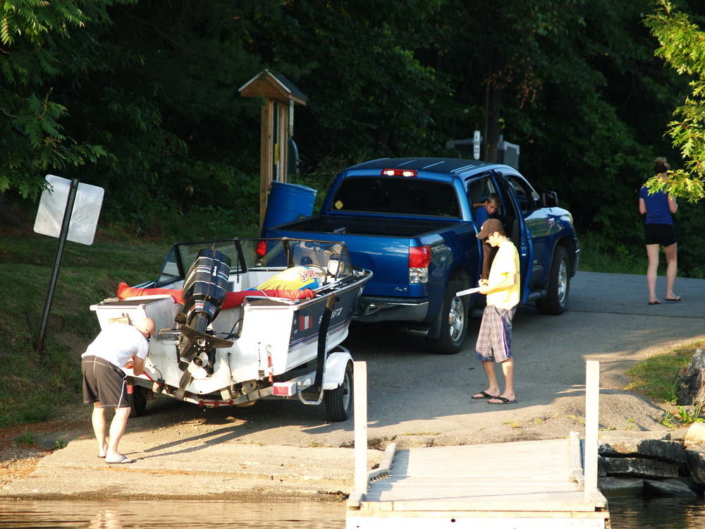 Inspecting all boats coming into or out of the lake ensures we keep Wilson Lake free of invasive plants.