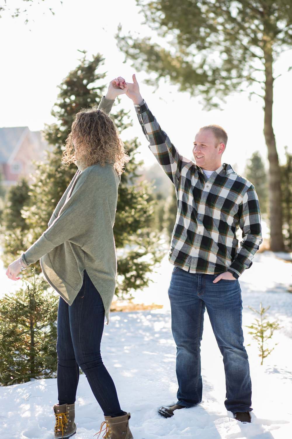 Winter Engagement Photographs in Minnesota by Chelsea Bolling Photography