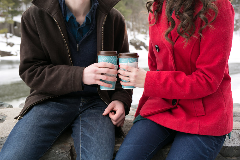 winter-engagement-photos(2 of 20).jpg
