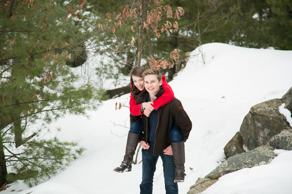 winter-photo-engagement-ideas (12 of 20).jpg