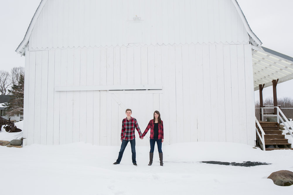 rustic-engagement-photos.jpg