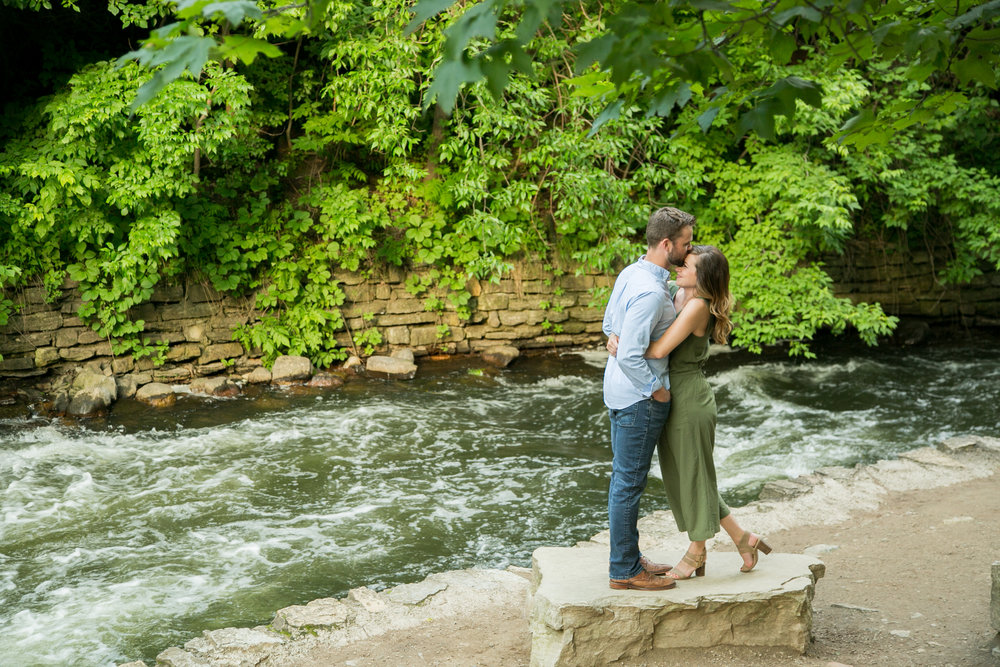 minneapolis engagement session locations