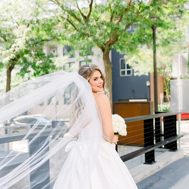 There is nothing more radiant than a bride on her wedding day! 💍 love is pouring out of her heart ❤️ Assisting: @trishburtzel