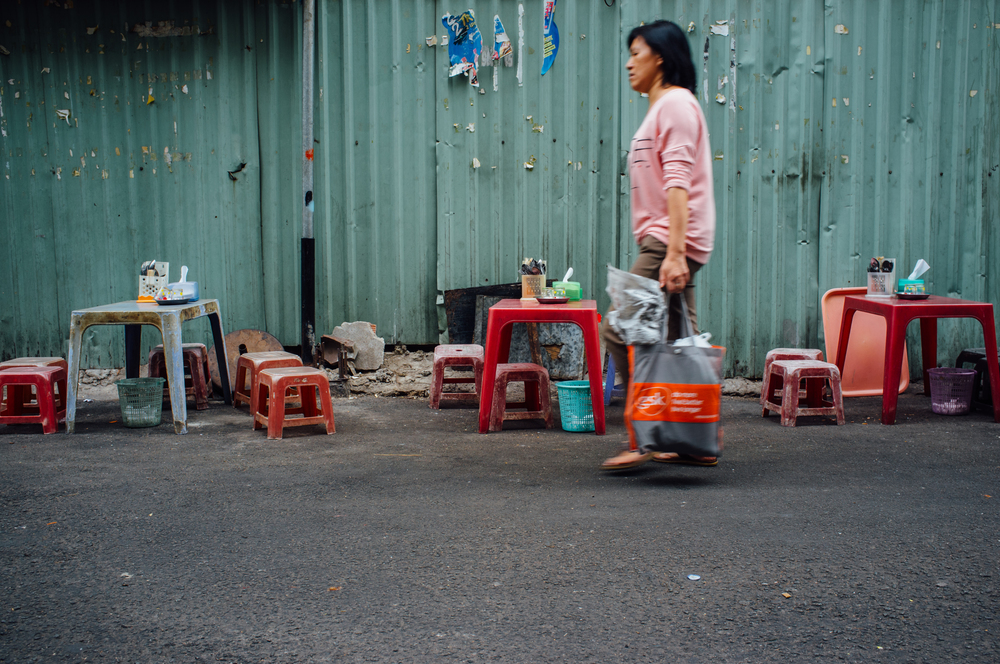 Saigon, District 3: empty stools either mean you're too late, or you should eat elsewhere