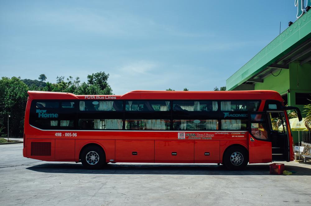 Phuong Tran bus