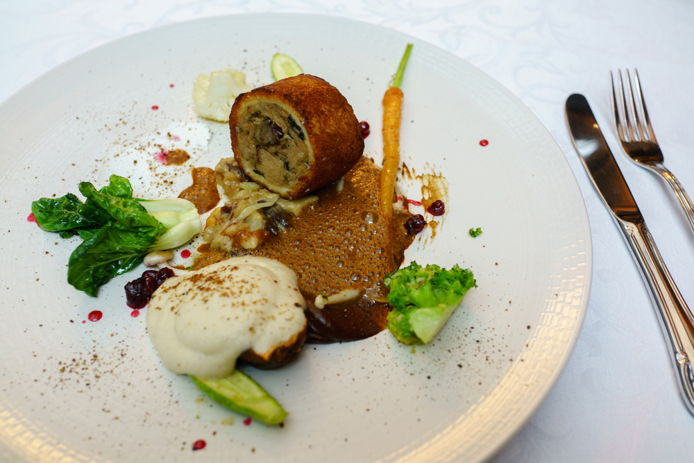 Goatling confit with Jerusalem artichoke, lingonberries and fricassee sauce, Restaurant Tchaikovsky, Tallinn