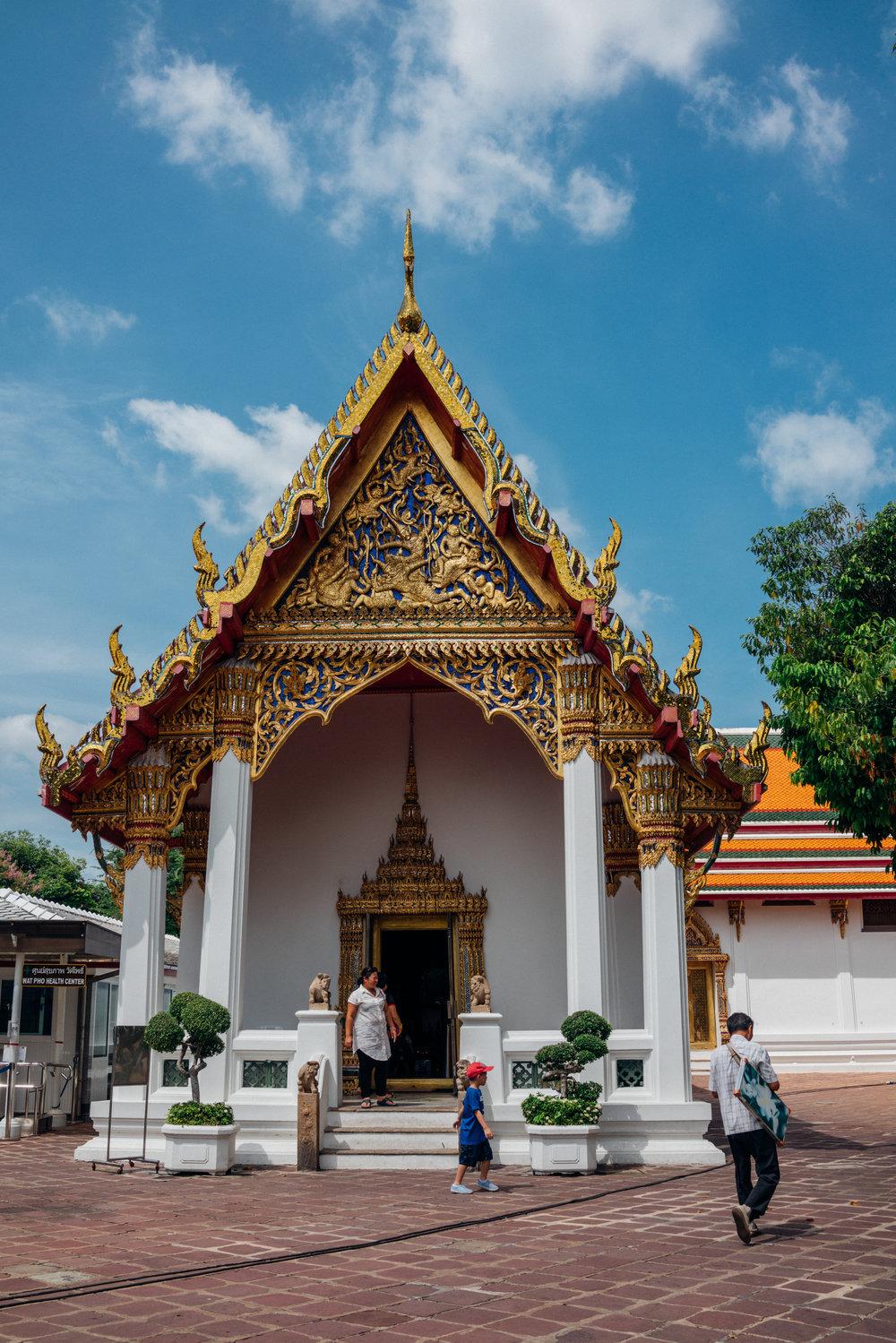 Visiting Wat Pho