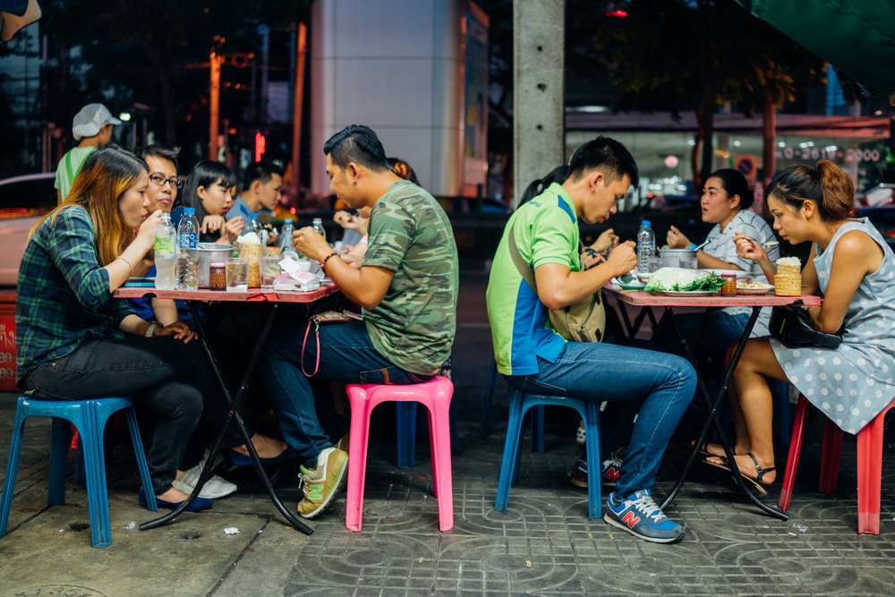 Busy plastic stools are a good sign when it comes to street food