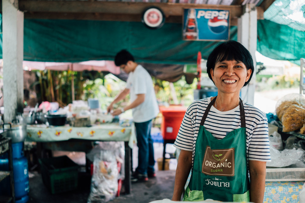 Dang and her brother run  Kaho Soi Khun Yai ,started originally by their grandmother