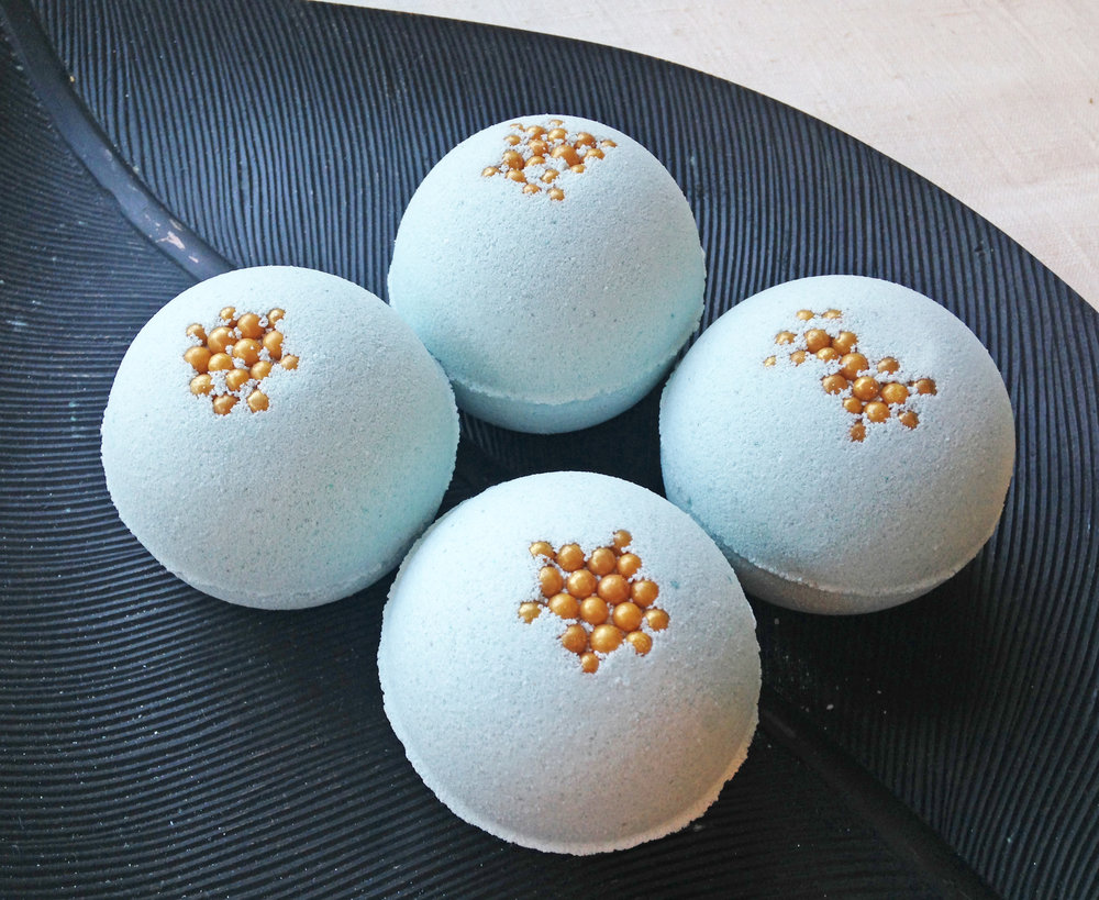 Eucalyptus, Mint & Rosemary Essential Oil Bath Bombs