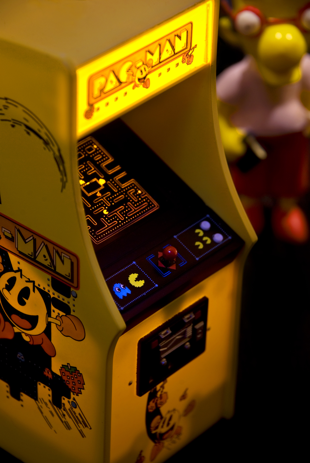 12-11-08 PacMan.jpg
