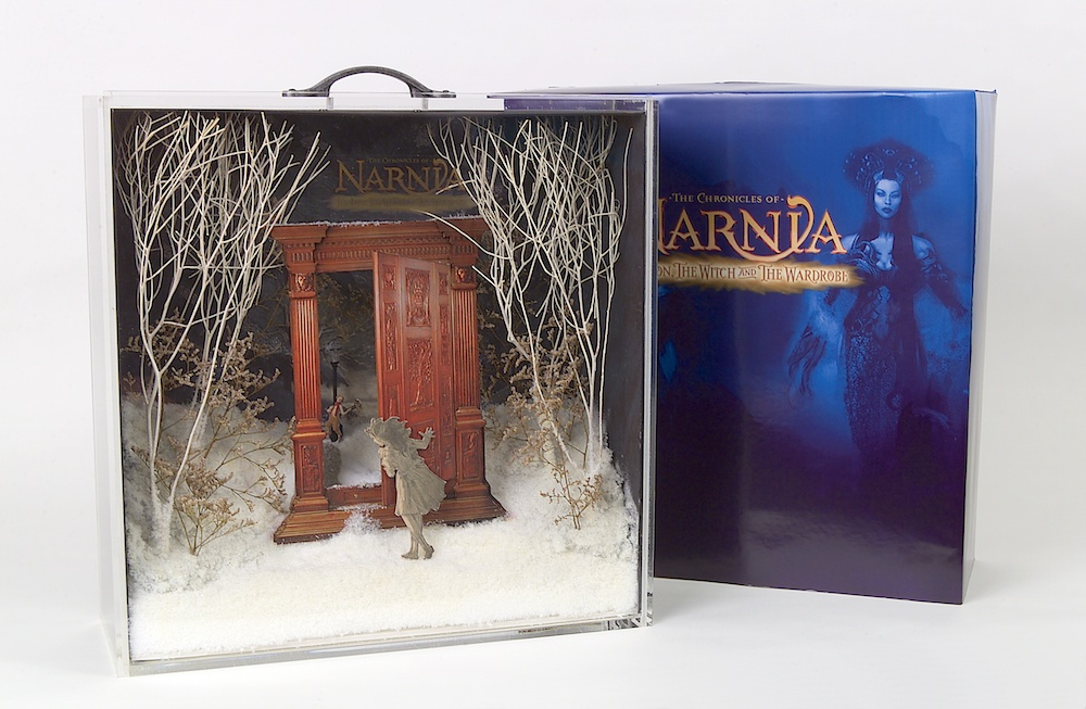"Presentation case for a line of ""Narnia"" display cases"