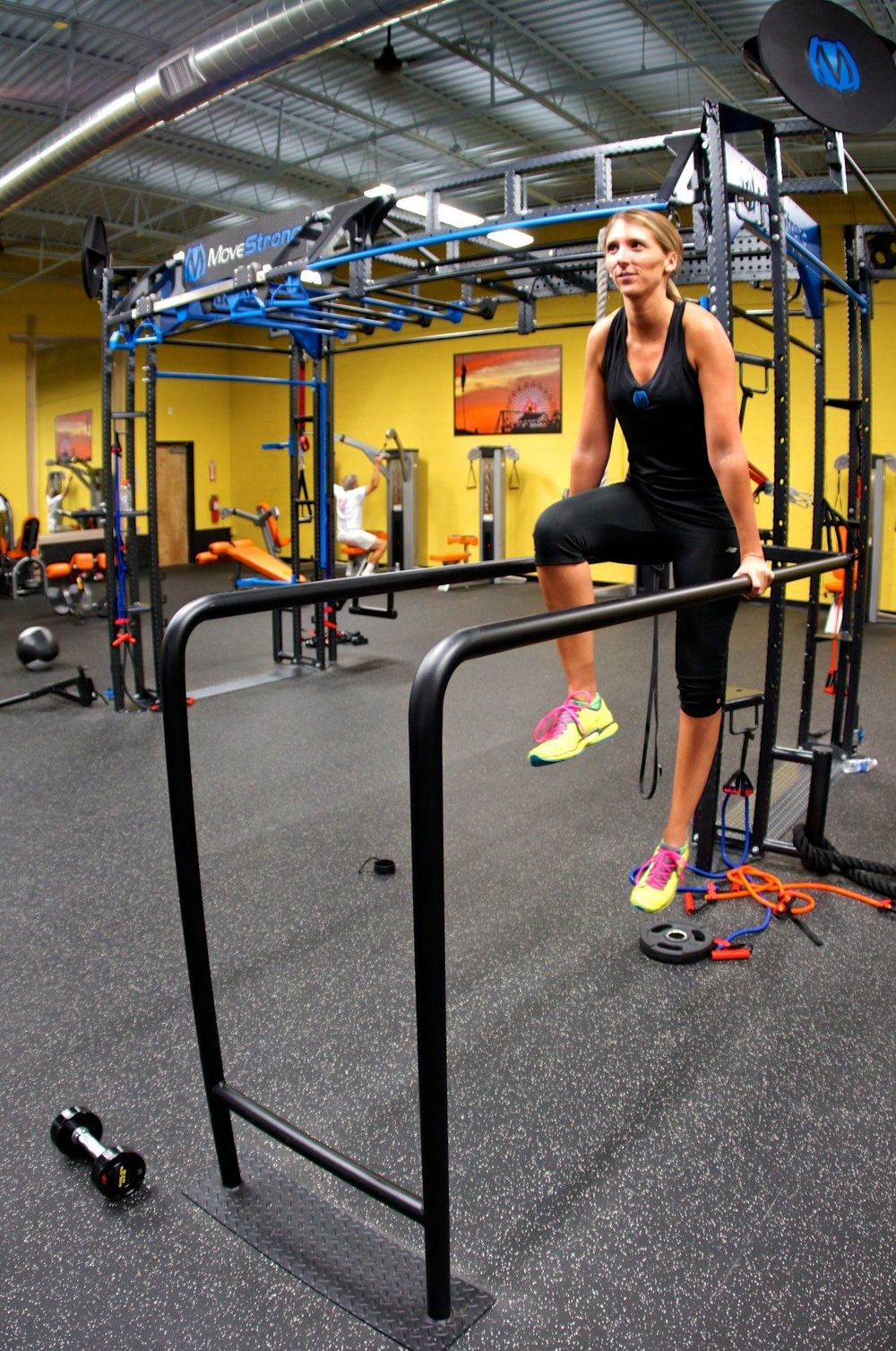 Parallel bars fitness equipment
