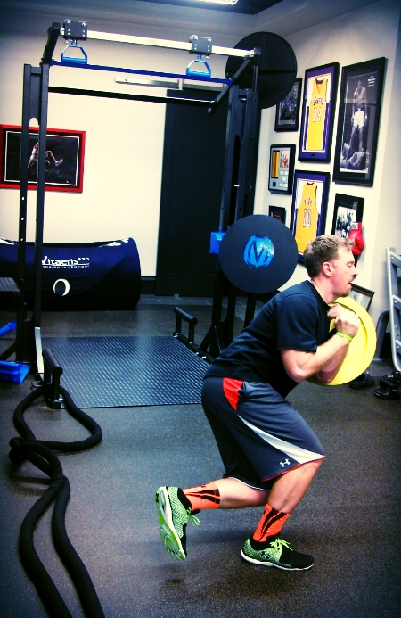 Hunter Mahan, PGA Tour Pro, works out with the MoveStrong FTS Studio Photo Credits: Wasserman Media Group