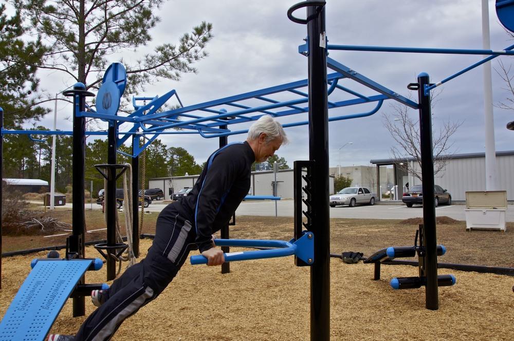 Outdoor Gym T-Rex FTS