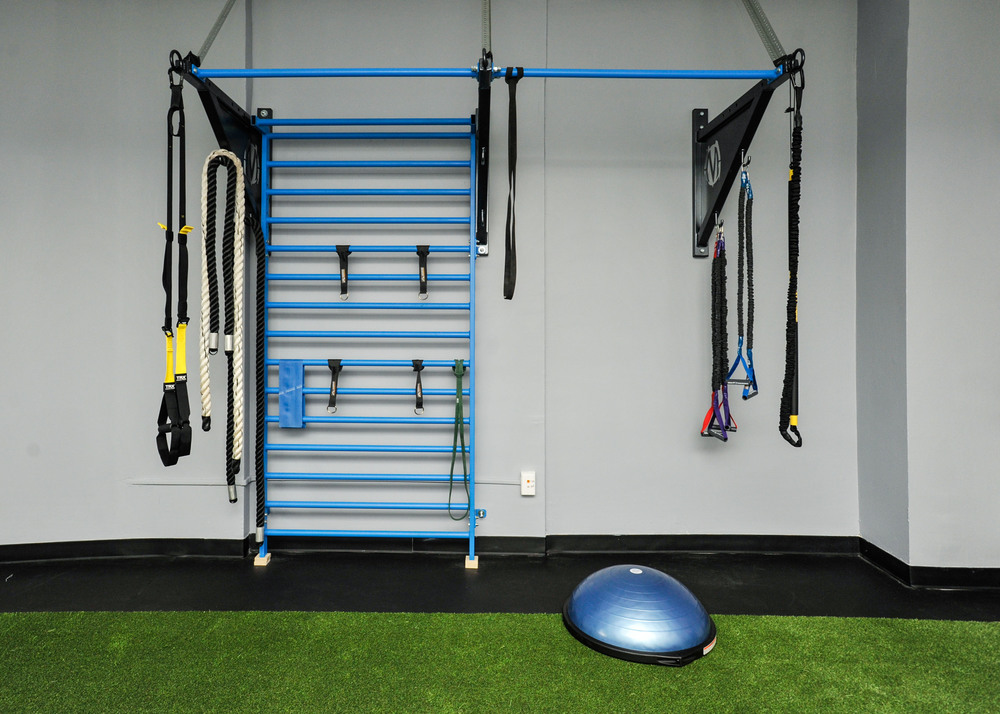 NY Sports Med Pull-Up Bracket with Stall Bars.jpg