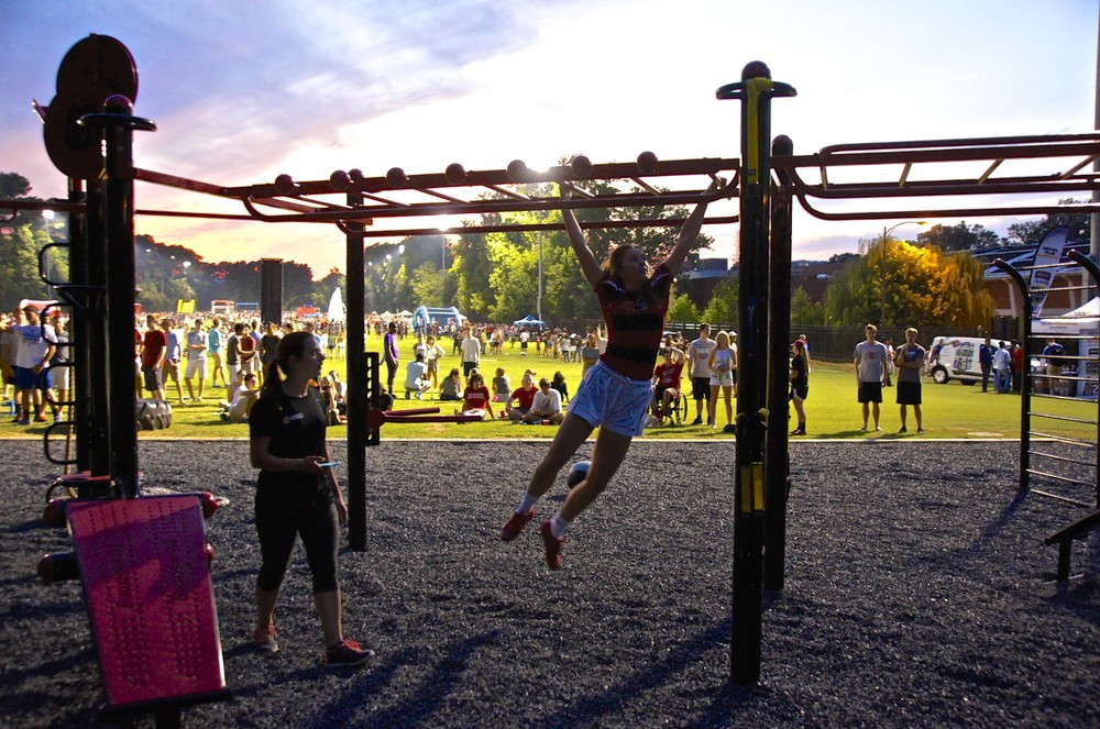 MoveStrong monkey bars