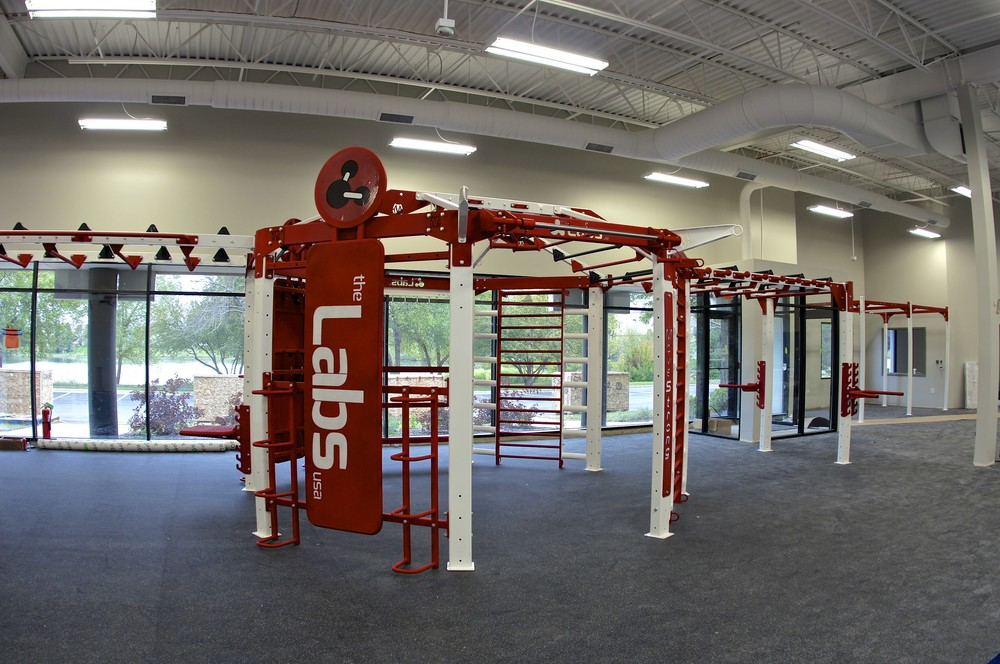 MoveStrong Super NOVA-8 Functional Training Station