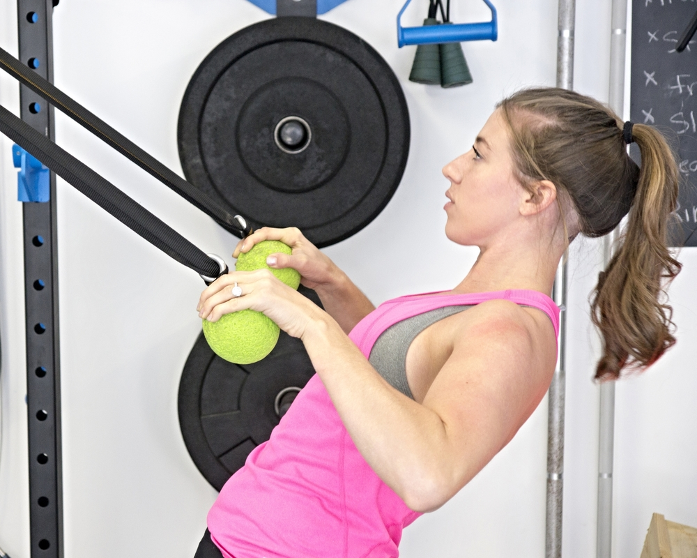 Globe Grip rows with Elevate Trainer