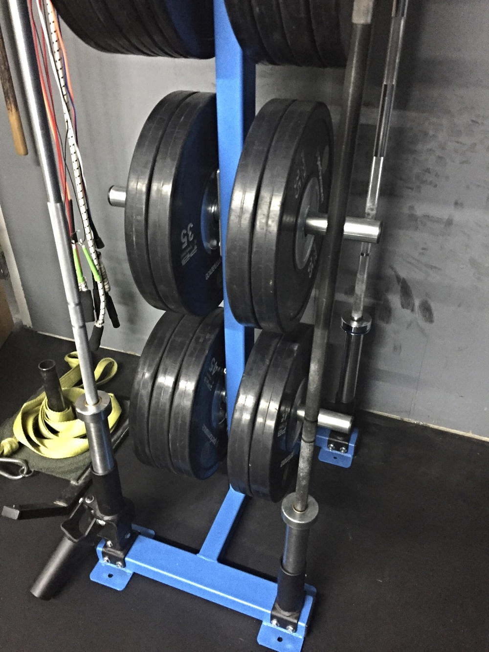 Bumper plate holder & Bumper plate storage rack - Free Standing - MoveStrong