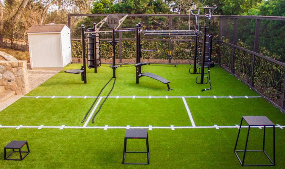 Backyard home gym with MoveStrong Trex
