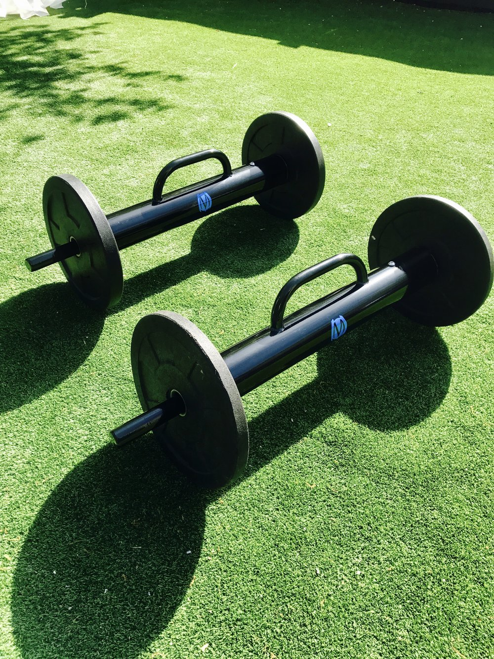 Outdoor functional fitness equipment
