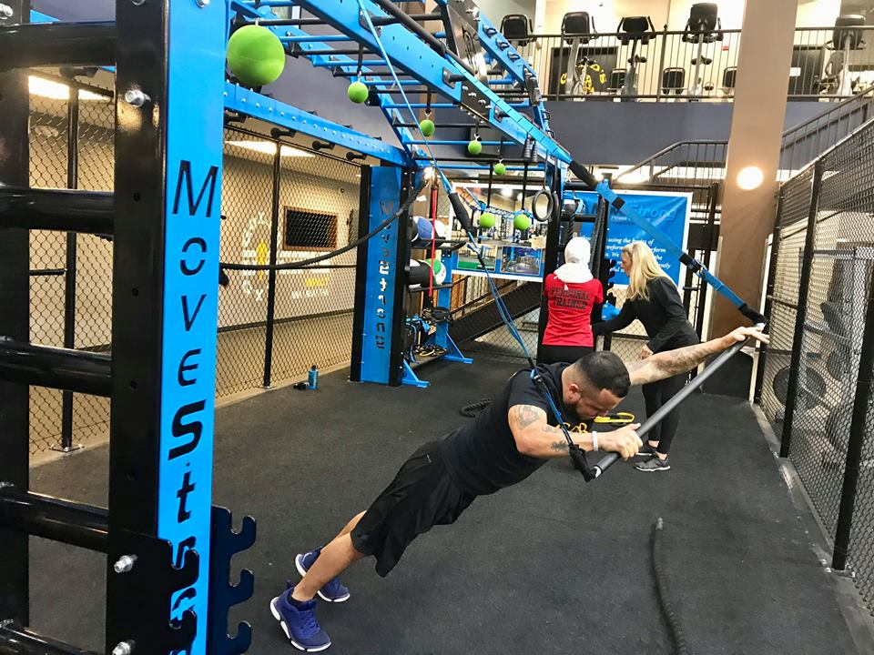 Suspension Bar plank reach