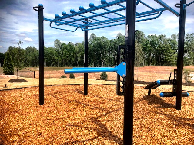 HOA Outdoor Fitness Park With MoveStrong