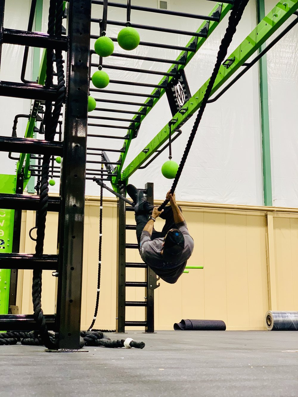 Horizontal Rope Climb