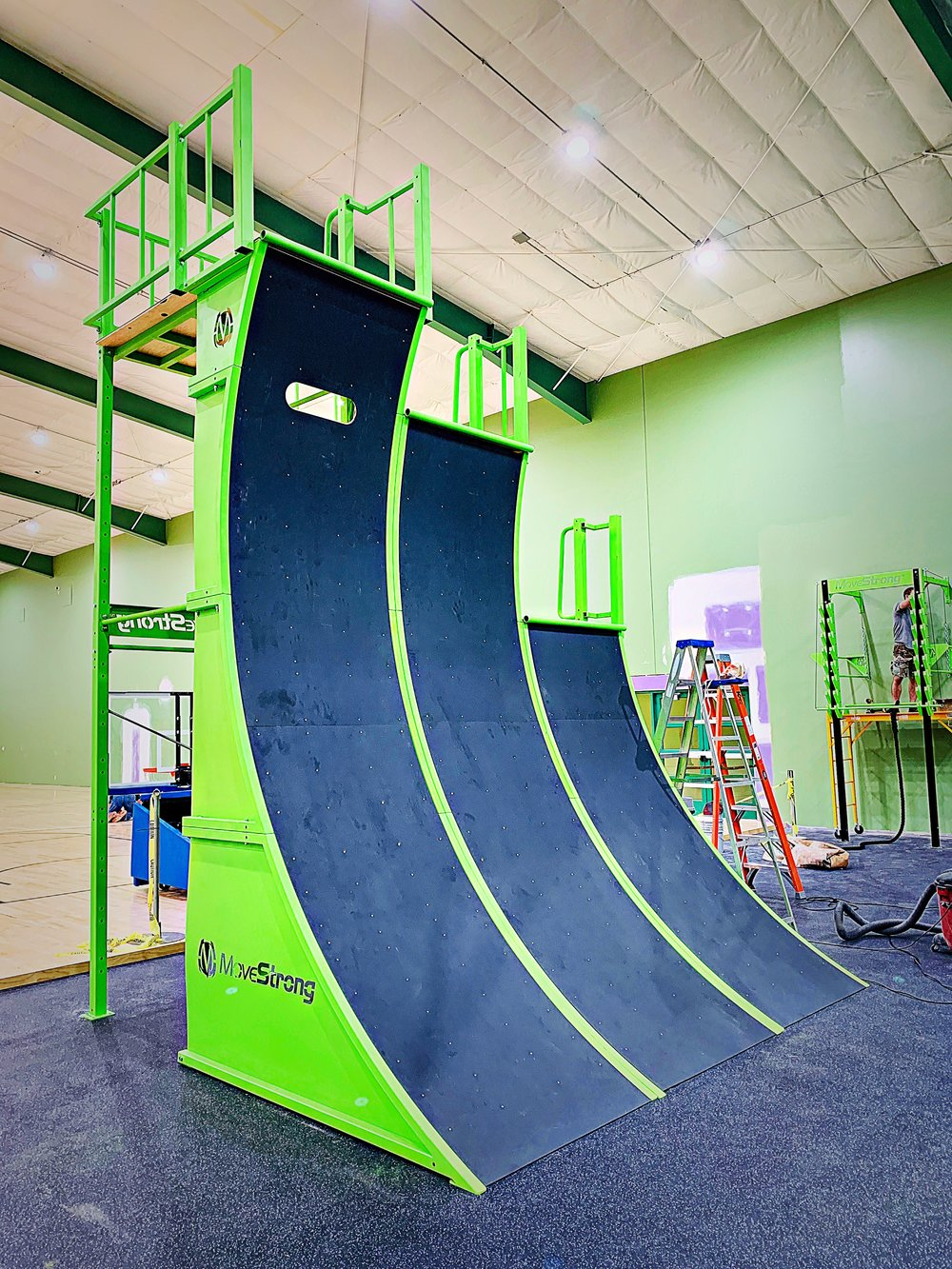 MoveStrong Triple Warped Wall