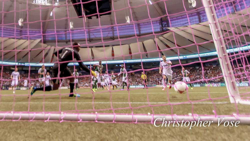 2013-10-06 Camilo Sanvezzo's First Goal 1.jpg