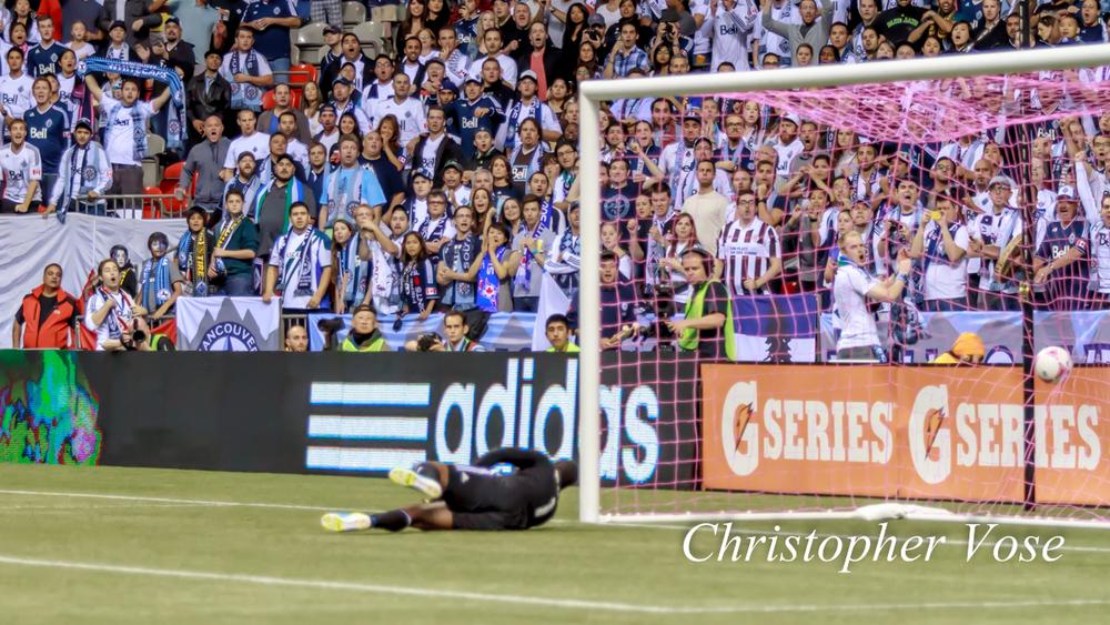 2013-10-06 Camilo Sanvezzo's First Goal 2.jpg